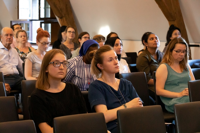 audience at the first summer school lecture